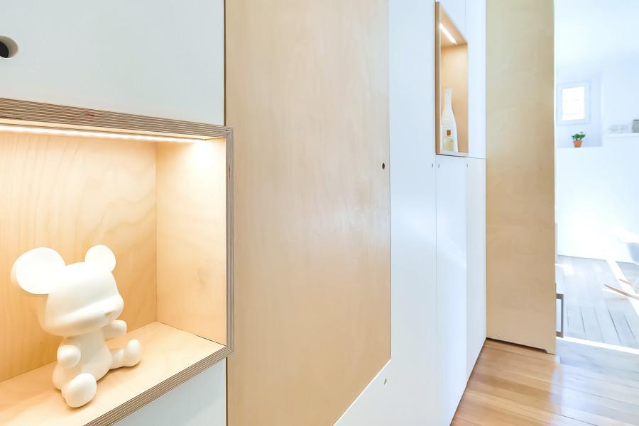 Mueble con iluminación LED