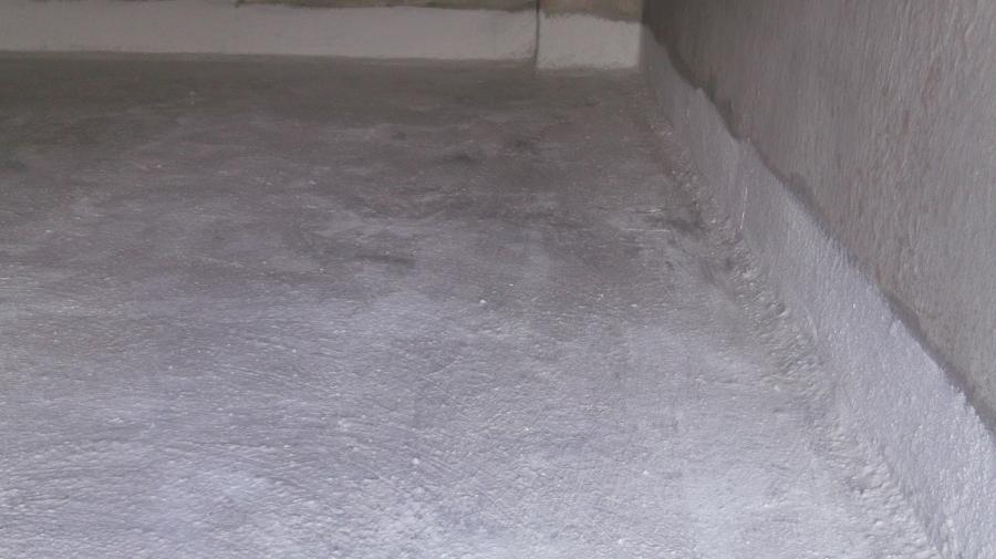 Impermeabilización cementicia en una cisterna