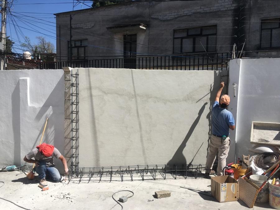 Impermeabilización de muro y armado de estructura