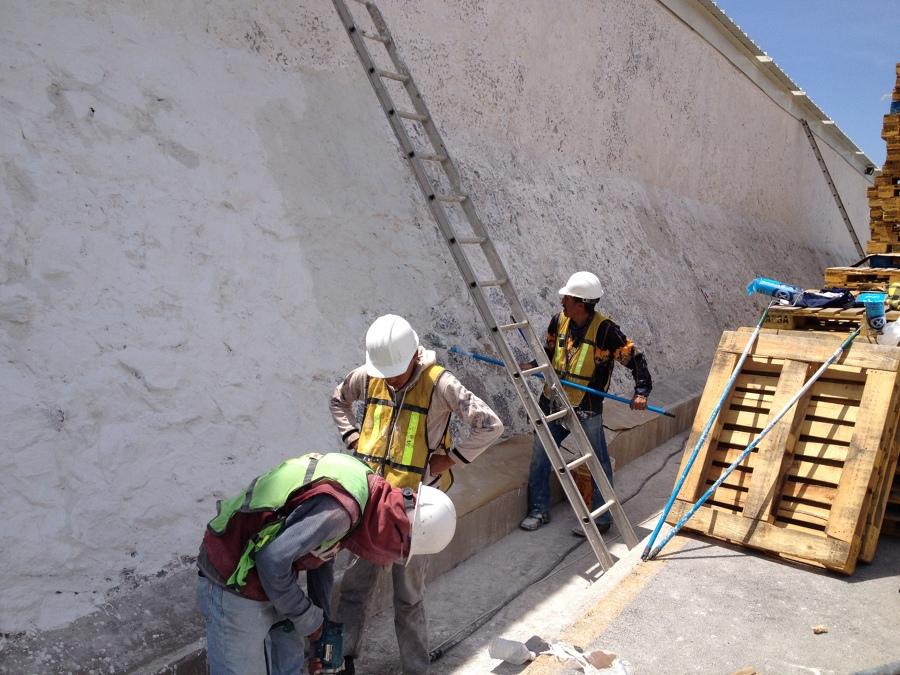 impermeabilización en muro de mamposteo