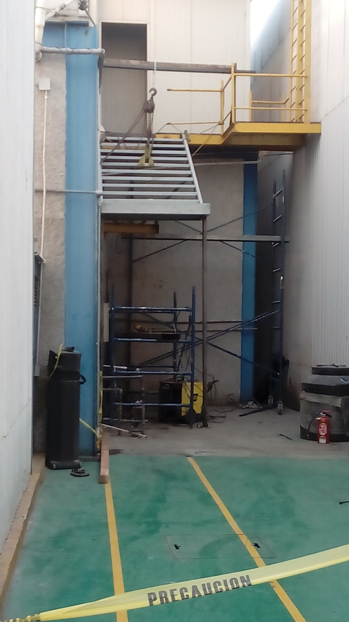 Dise o de escalera industrial ideas remodelaci n nave - Diseno nave industrial ...