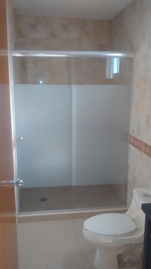 Instalaciones ideas vidrieros for Puertas para regadera