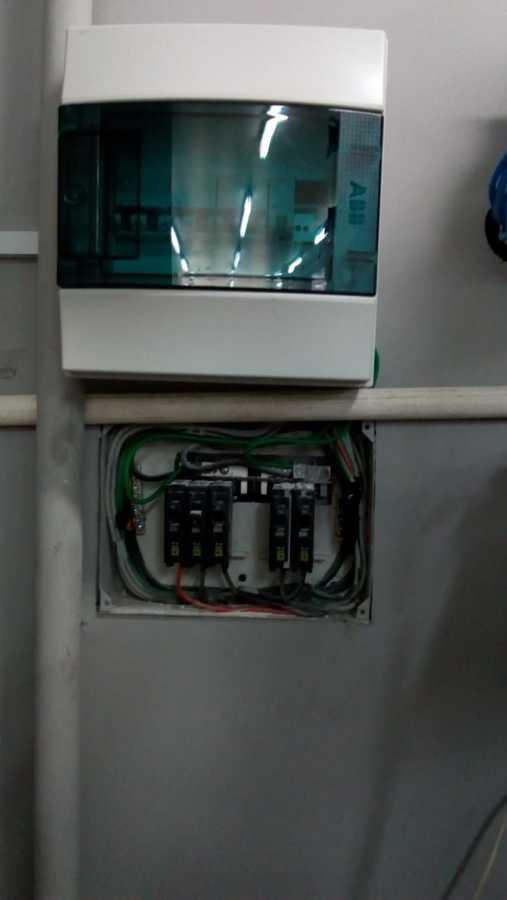 Instalacion de interruptores de control