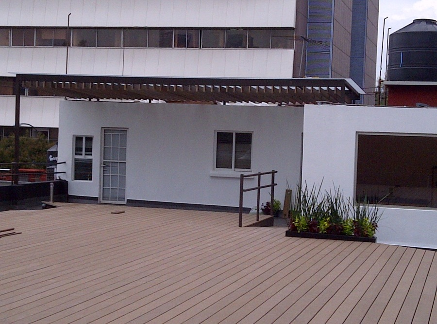 Foto instalaci n de piso de madera de rsi ingenieria - Instalacion piso madera ...