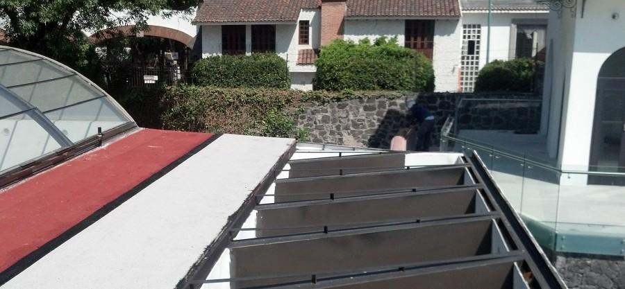 Instalación de Plafón sobre alberca exterior y Colocación de impermeabilizante