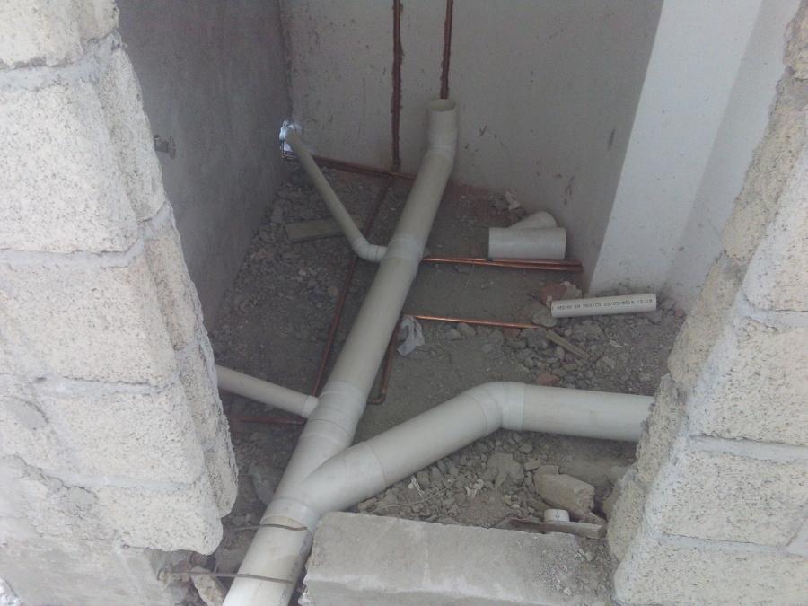 Instalación de tubo danitario