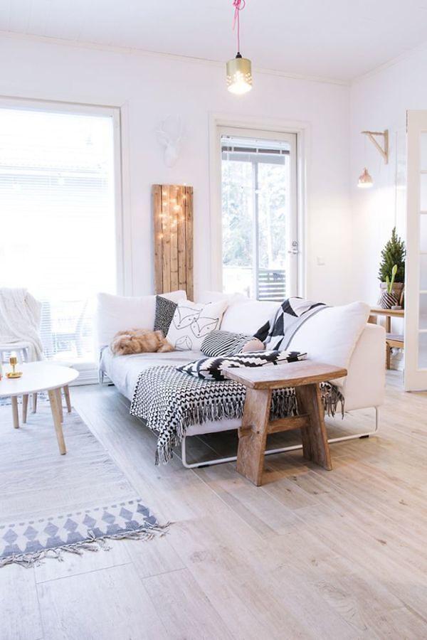 sala con piso laminado