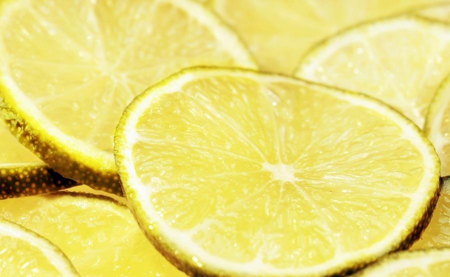 Limón para eliminar mal olor ropa