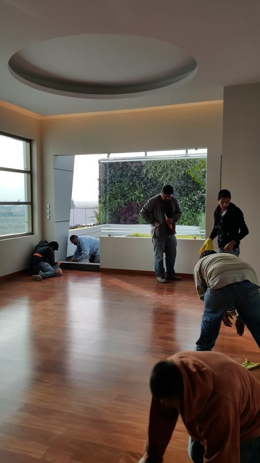 Limpieza de piso de ingenieria