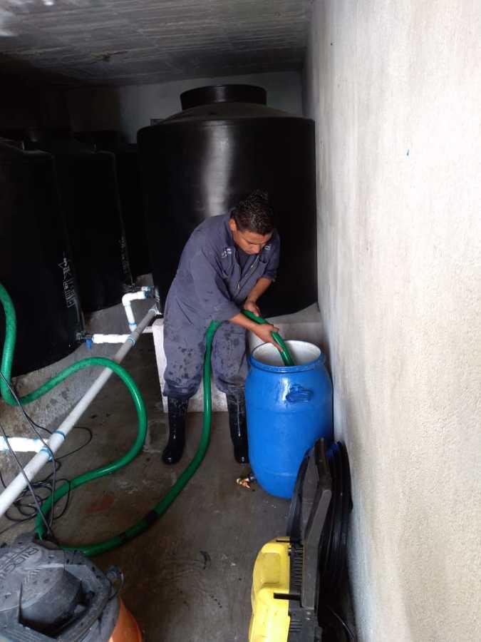 Limpieza de residuos de tinacos
