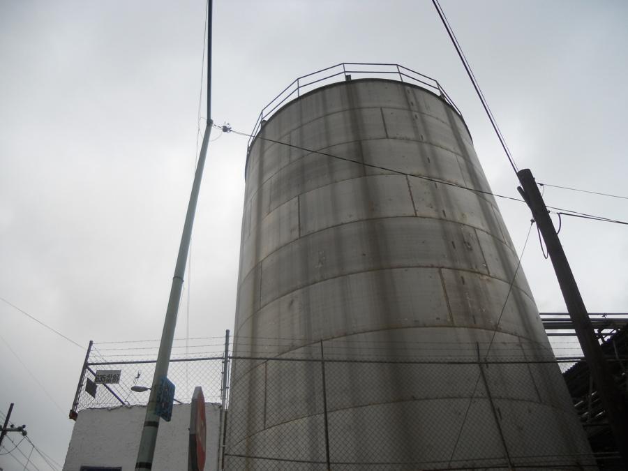 LImpieza de tanque de acero inoxidable