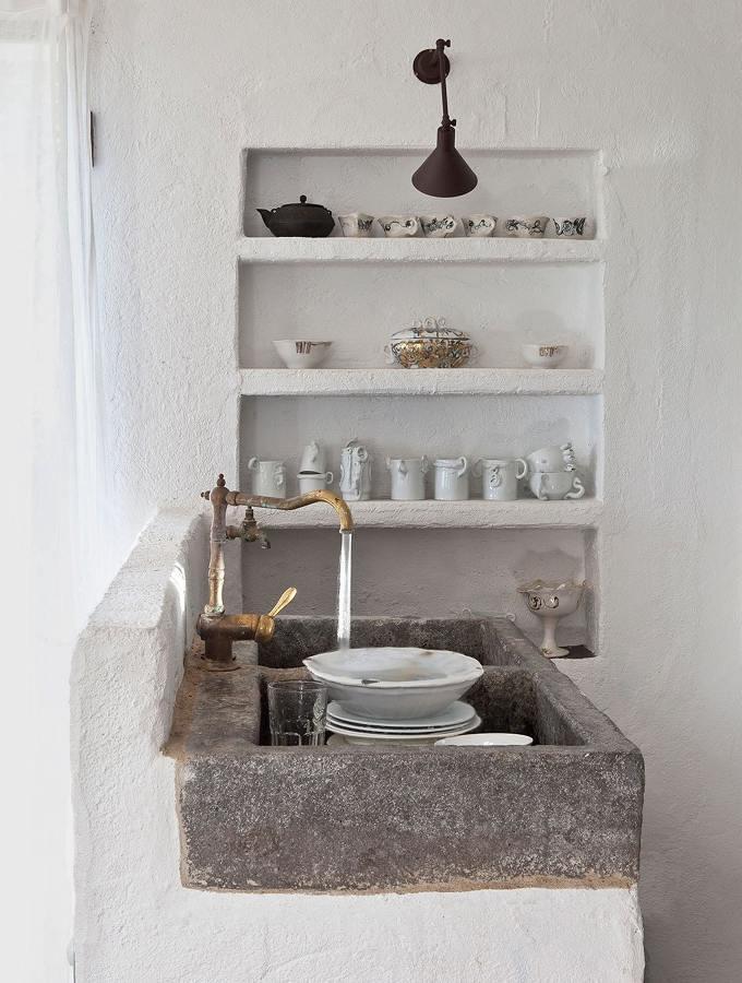 Fregadero de piedra estilo rústico