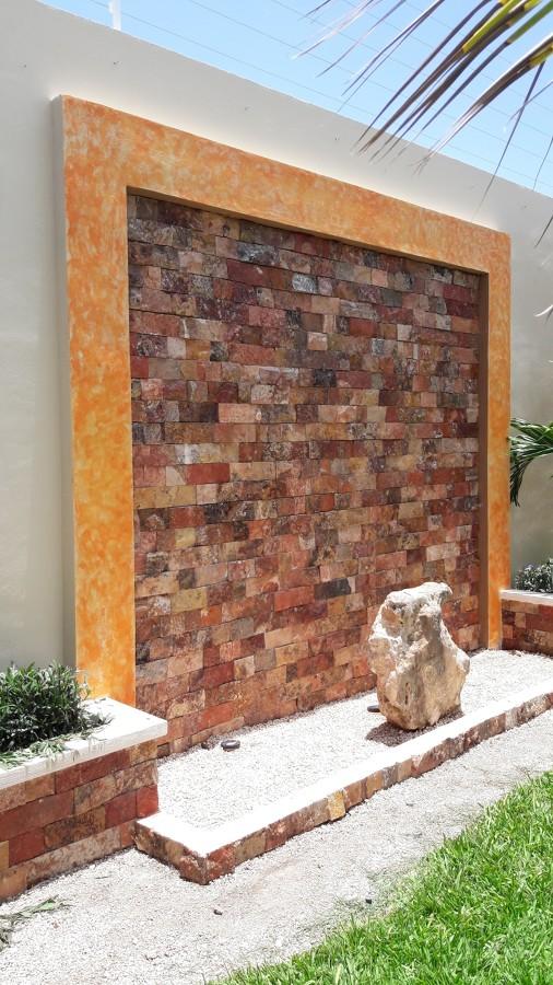 marco y piedra