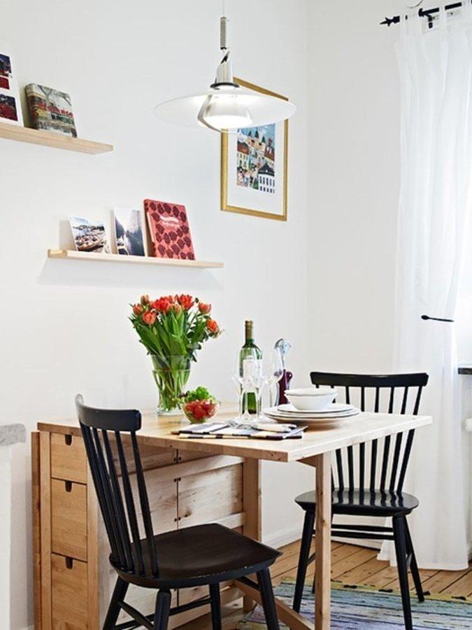 Comedor con mesa plegable