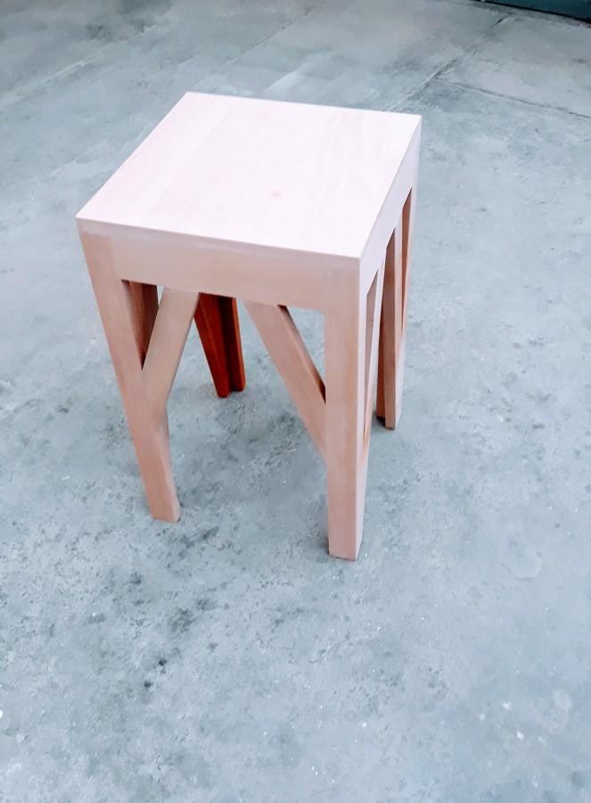 Mesa tipo esquinero