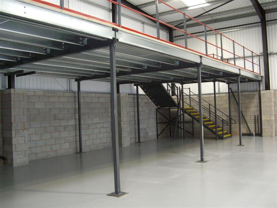 Foto mezzanine de comercializadora de acero gwe 44657 for How to build a mezzanine floor in a garage