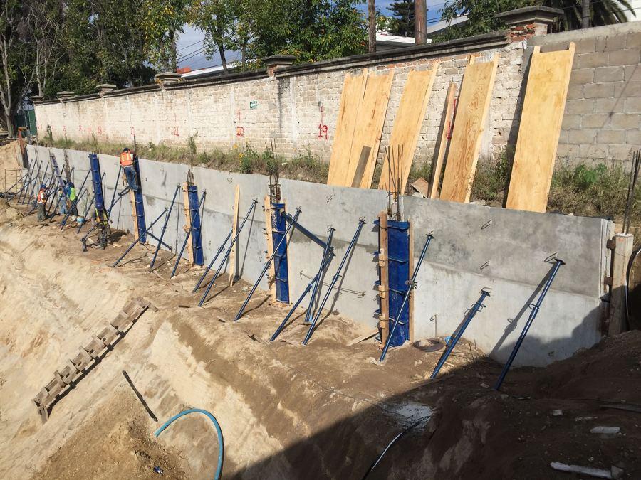 montaje de muros de contencin