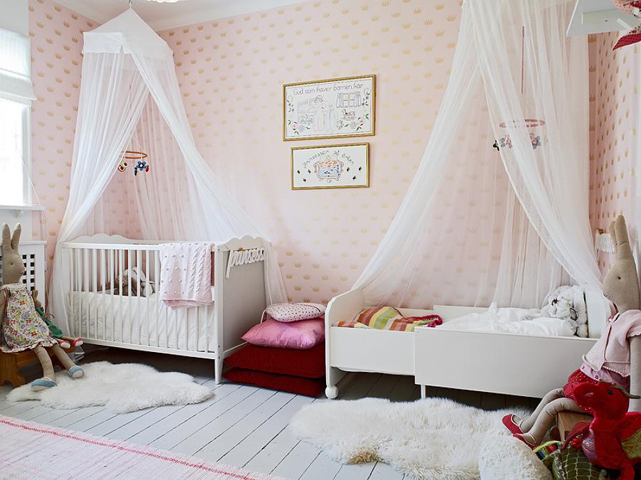 Recámara infantil con mosquiteros