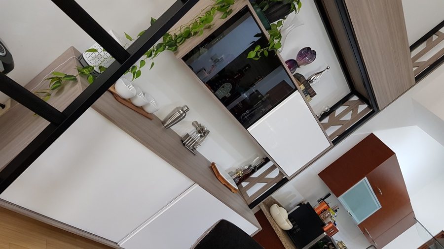 Mueble Bar/Credenza