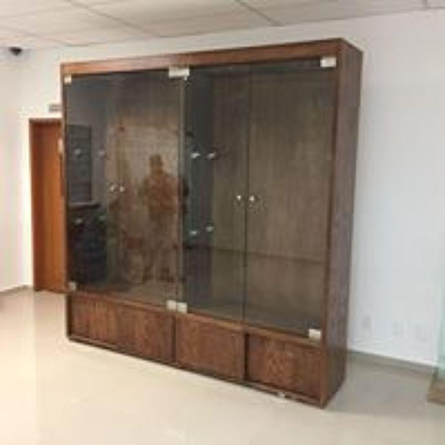mueble de exivicion