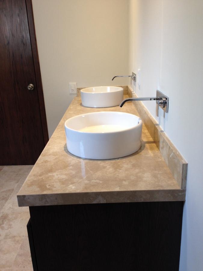Foto: Mueble de Lavabo Cubierta de Marmol y Carpinteria en Encino de ...