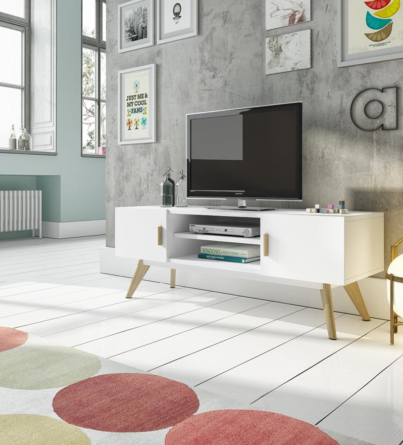 Mueble de madera con patas para la TV