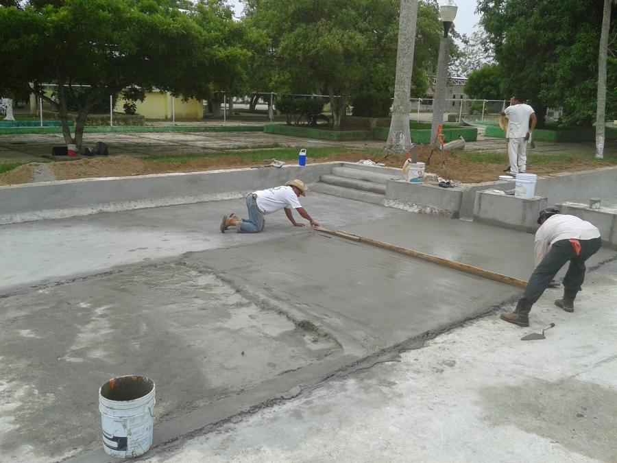 Foto de piscinas del sureste 155288 habitissimo for Construccion de piscinas en mexico