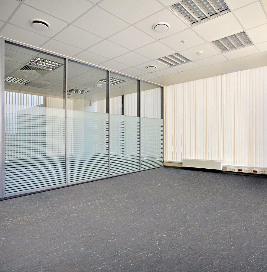 Remodelaci n oficinas bancarias proyectos remodelaci n for Remodelacion oficinas