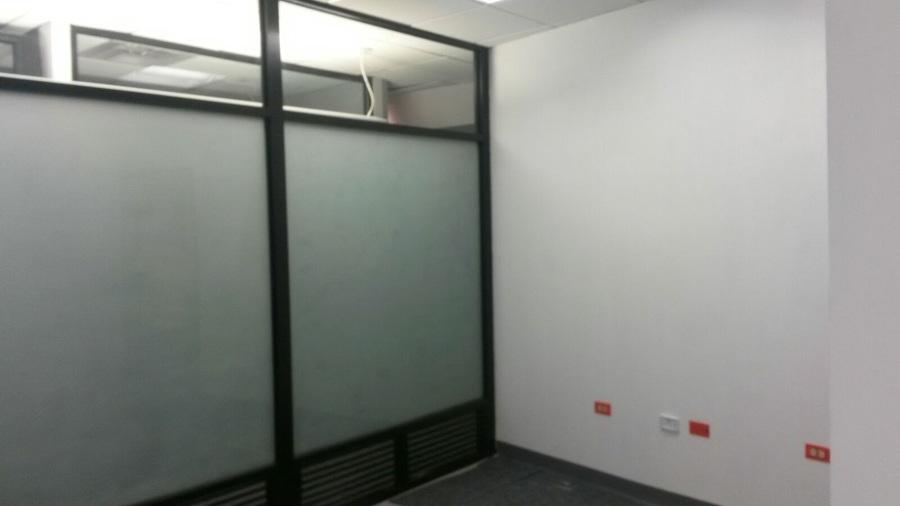 Oficina Torre Diamante Cancelería Aluminio