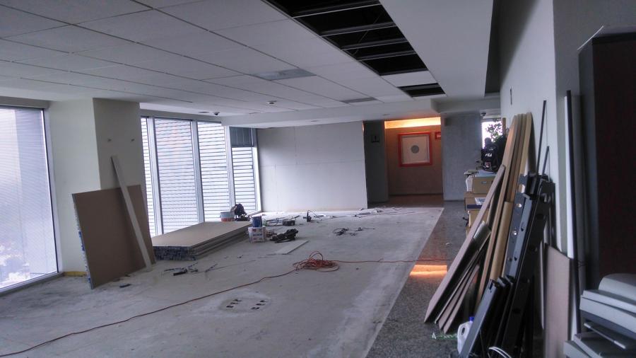 Colocación de falso plafon y acabados