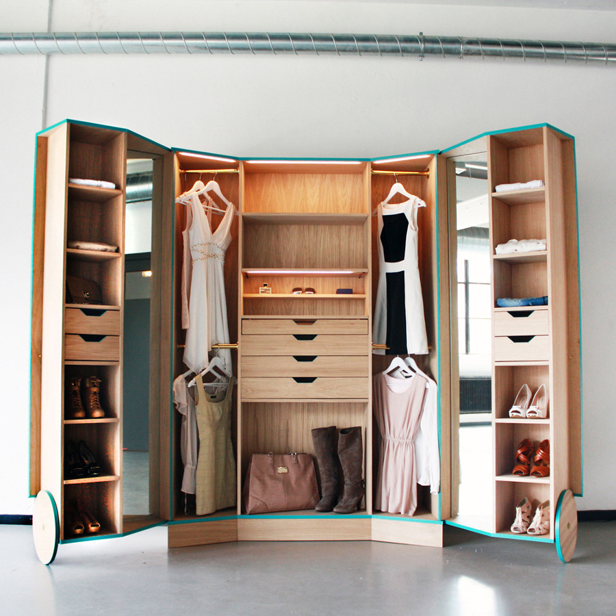 Walk-In Closet abierto