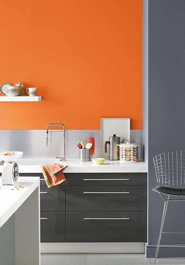 Foto pared de cocina pintada de naranja 225930 habitissimo for Paredes para cocina