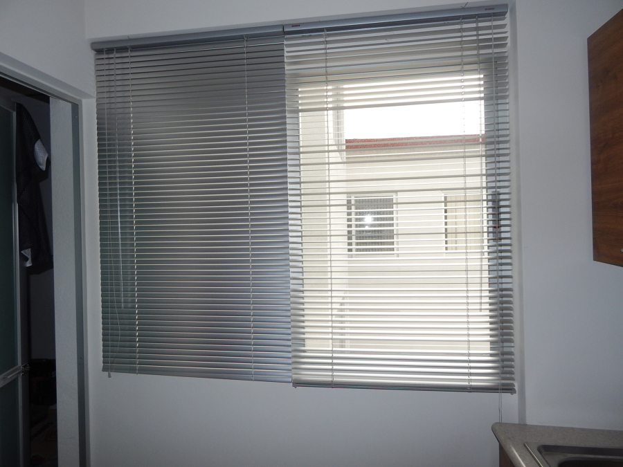 Foto persiana horizontal de aluminio de blinds system - Persianas de aluminio ...