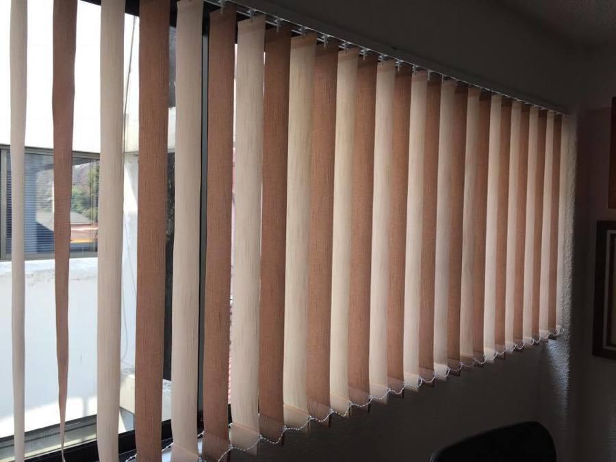 Foto persianas verticales de tela modelo osaka color for Persianas de color de moda