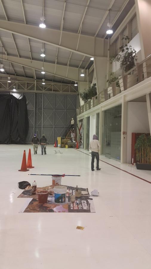 Pintura en Hangar Eolo