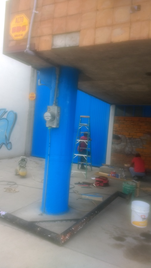 pintura vinilica en muro