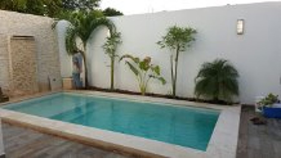 Foto piscina 6 x 3 con acabado caribe pool finish de for Construccion de piscinas merida