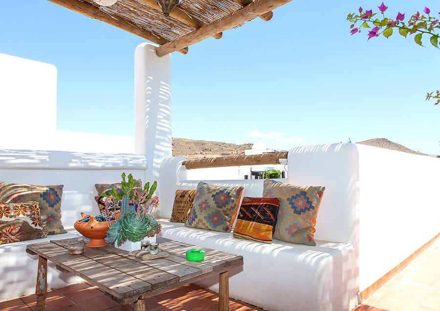 Foto terraza con porche ca izo 175330 habitissimo - Cojines para terrazas ...