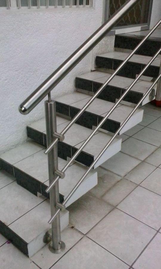 Foto postes terminados de acero de etilo steel 180216 habitissimo - Casas de acero precios ...