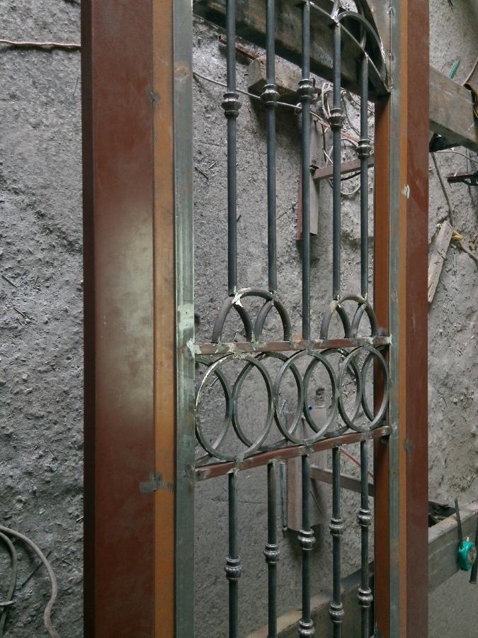 Proceso de fabricación de puerta