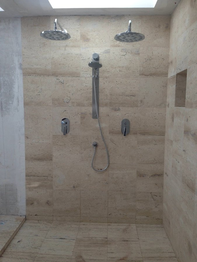 Remodelaci n casa habitaci n ideas dise o de interiores for Banos enchapados