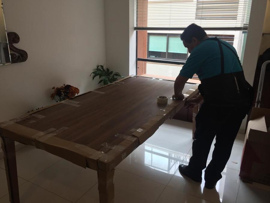 Protección de una mesa de comedor