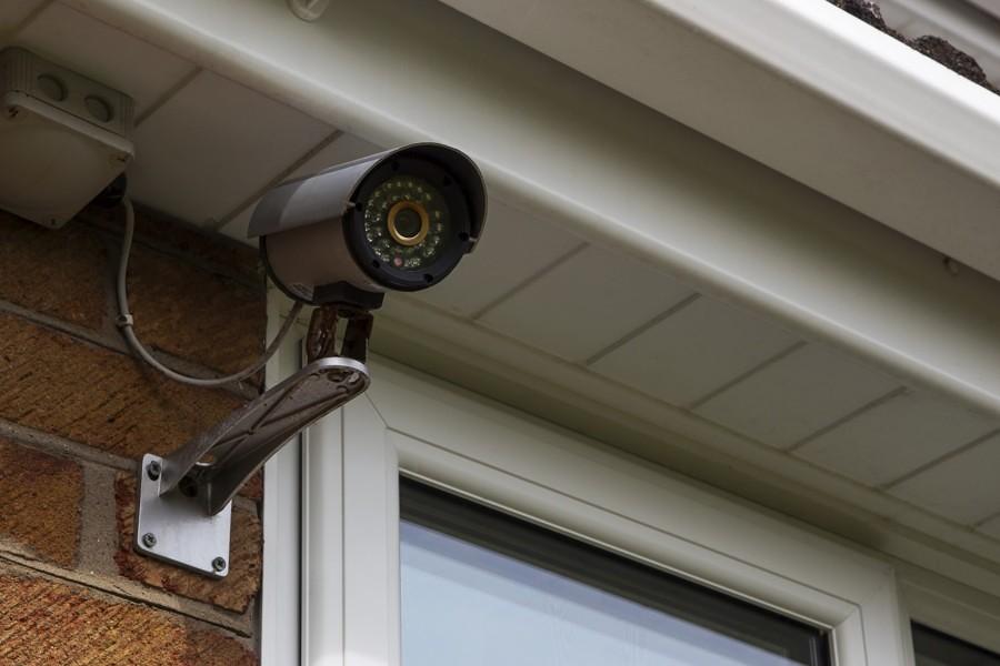 protege tu casa con cámaras de vigilancia