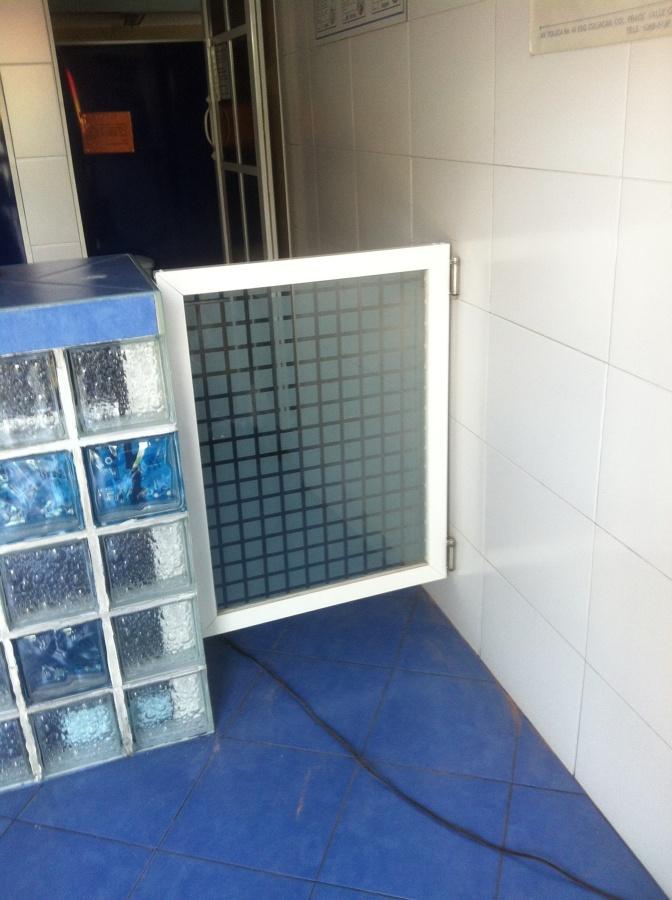 Puerta acceso acuática