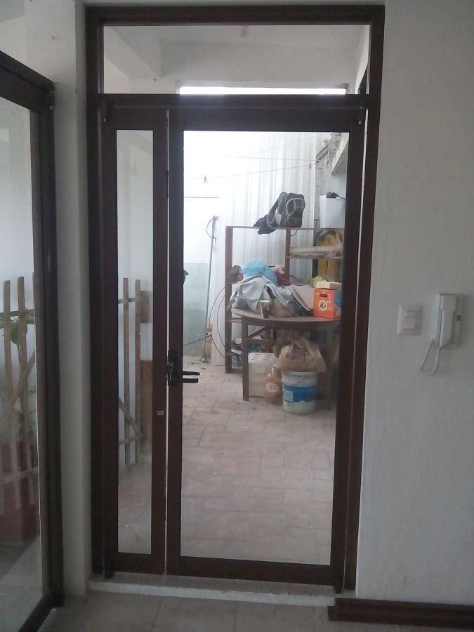 Foto puerta con antepecho de canceles tepeyacc 146621 - Puertas con cristales de colores ...