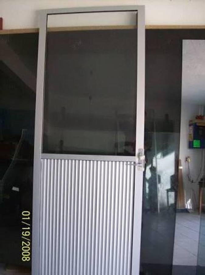 Foto puerta ligera econ mica de tecnolog a en aluminio for Puertas economicas