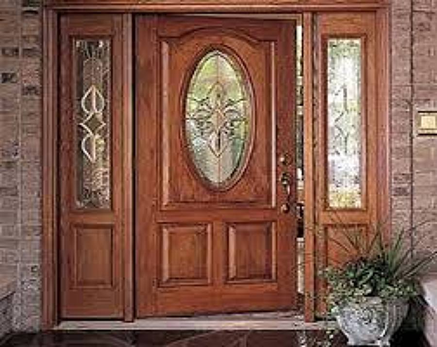 Foto puerta rustica de exterior de ebanisteria for Vidrios decorados para puertas interiores