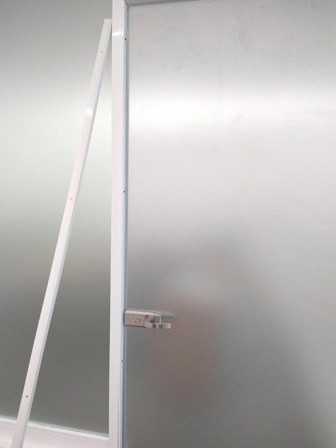 Puerta templada con Batiente