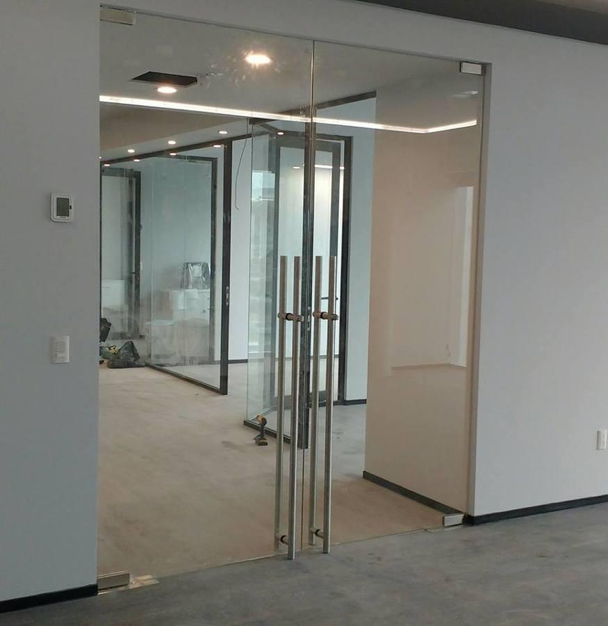Cancel de ba o y puertas abatibles vidrio claro templado - Puertas abatibles de cristal ...
