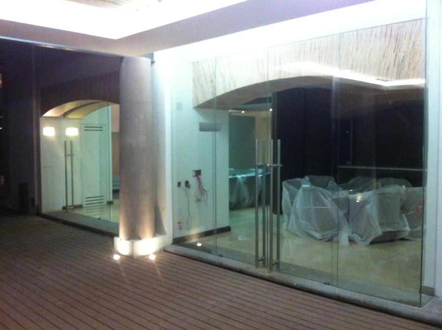 Puertas corredizas de vidrio templado